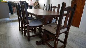 Juego de mesa y sillas de algarrobo con almohadones