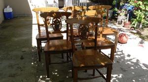 Juego de sillas de roble
