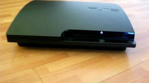 Vendo consola PS3 excelente estado con kit move.