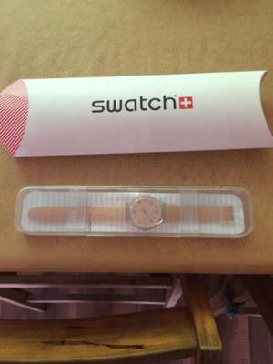 Vendo hermoso reloj de pulsera SWATCH SUOK703