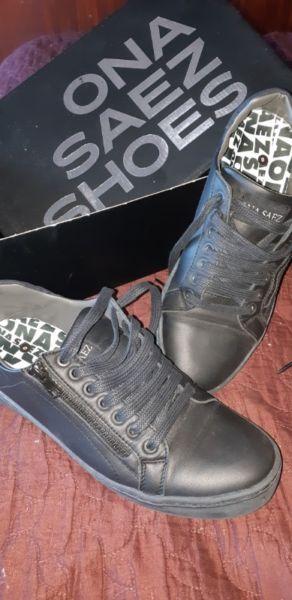 Zapatillas de cuero Ona Saez