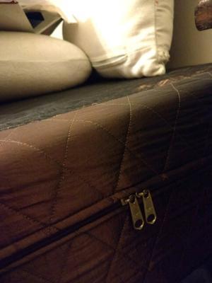 Cama de dos plazas con colchón incluido para aprovechar