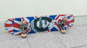 Skate Patineta impecable casi sin uso