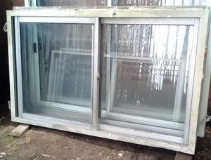 2 ventanas de aluminio gris