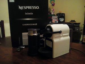 Cafetera Nexpresso Inissia y Aeroccino 3