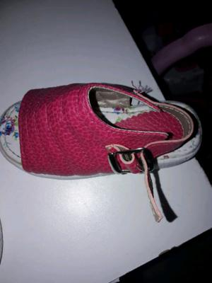 Sandalia de nena
