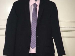 Traje + Camisa + Corbata