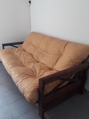 Vendo futón de 3 cuerpos 1,80 x 90 mts por mudanza $