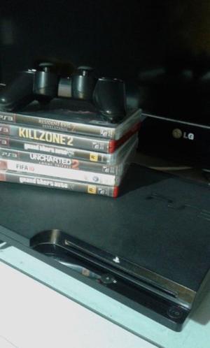 Playstation 3 con 1 joystick, 6 juegos y un volante