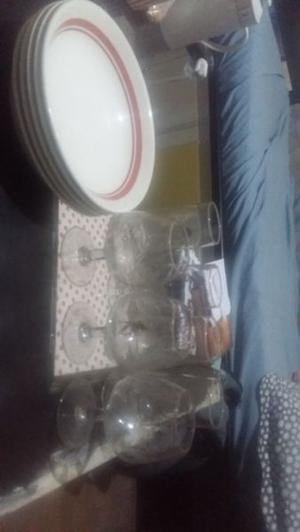 Set de platos y copas