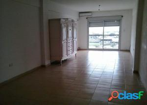 Alquiler Temporario Monoambiente, Corrientes y Dorrego,