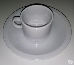 SET DE TAZA DE CAFE Y PLATO., TODO PORCELANA TSUJI. NUEVO