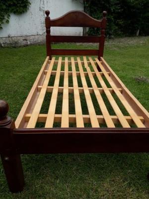 Vendo cama de 1 plaza de algarrobo