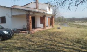 Vendo/Permuto casa frente al río en Santa Rosa de