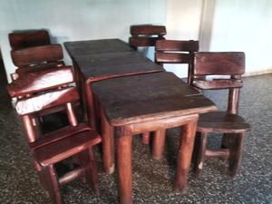1 mesa y 2 sillas madera de tronco
