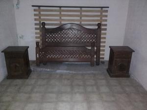 cama de 2 plazas alagarrobo con dos mesas de luz impecable