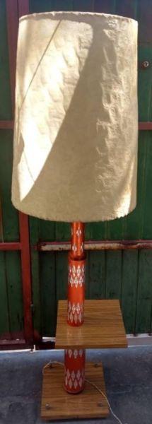 ANTIGUA LAMPARA DE PIE JAPONESA ANDANDO ORIGINAL 1,60 MTS