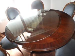 Mesa de comedor estilo Luis XVI de 1.10 m de diámetro