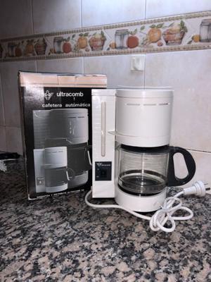 Cafetera Eléctrica Automática Ultracomb