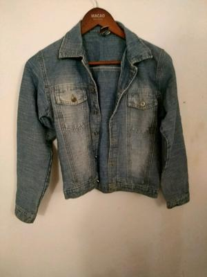 "Campera Jeans talle ""S"""