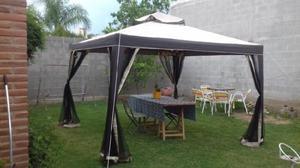 Vendo Gazebo marca Hampton 3 x 3 con mosquitero completo sin