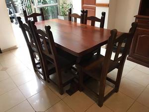 Juego de mesa y 6 sillas de algarrobo NO PERMUTO