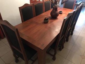 Juego de mesa y 8 sillas de algarrobo NO PERMUTO