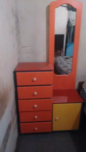 Vendo mueble en muy buen estado