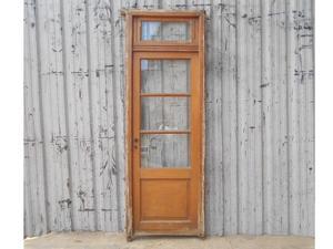 Antigua puerta de madera en cedro con banderola (79x223cm)