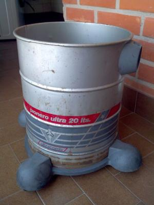 Tacho Recipiente Aspiradora Ultracomb Pionero 20 Lts