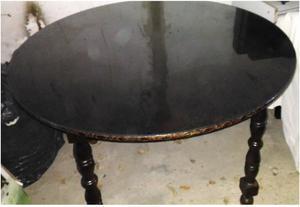 Vendo Juego de mesa y sillas en muy buen estado!