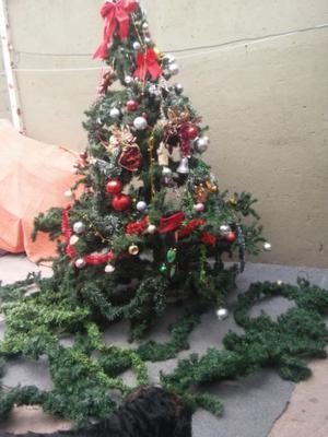 arbol de navidad grande de 240 x 180 permuto