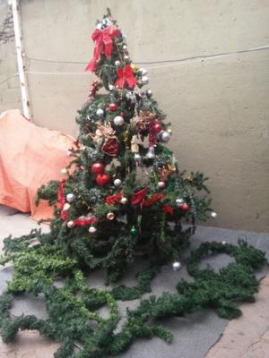 arbol navideño montañes de 240 x 180