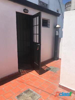 PH dos amb. con lavadero y terraza z/ villa primera