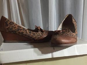 zapatos taco chino.