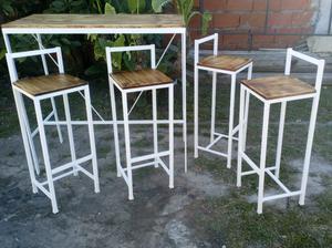 Barra Desayunador +4 Sillas en hierro y madera