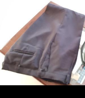 Pantalon talle negro de vestir talle 44 nuevo