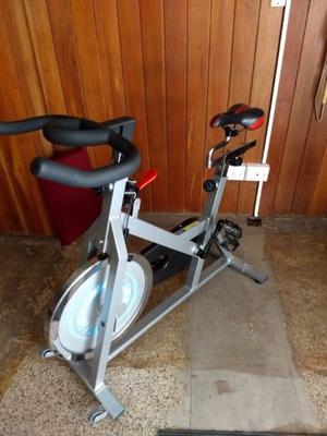 Vendo Bici Fija marca Daiwa