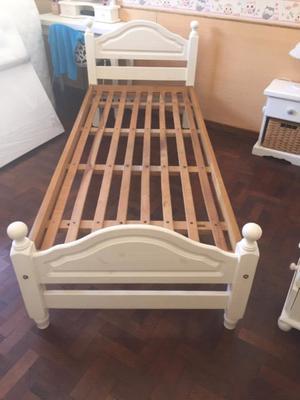 Vendo cama de 1 plaza.
