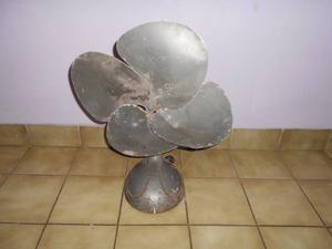 Ventilador de mesa SIAM DI TELLA antiguo grande PARA ADORNO