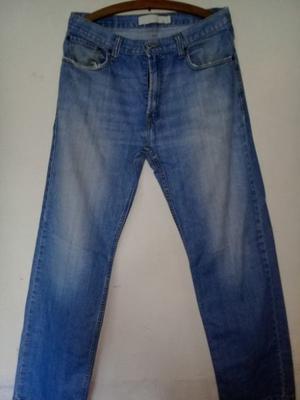 Jeans Levis 559 talle W33 L32 hombre