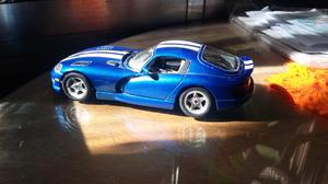 Vendo Dodge Viper R/T. Escala 1/24
