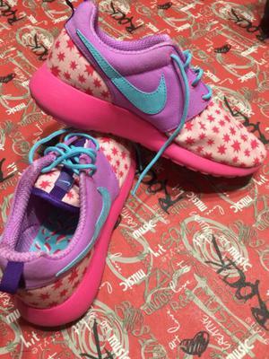Zapatillas Nike talle 38 de mujer original nuevas sin uso