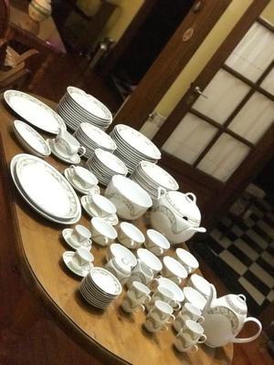 Juego de vajilla de porcelana alemana Kaiser, modelo Domino