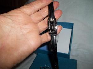 reloj pulsera de mujer nuevo