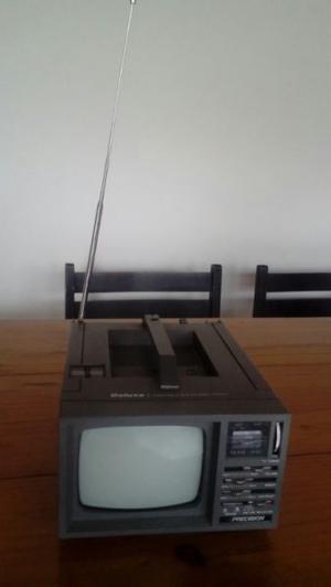 Vendo radio y TV