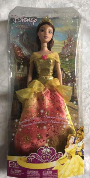 Muñeca de 30 cm de alto. Nueva La Bella y la Bestia.