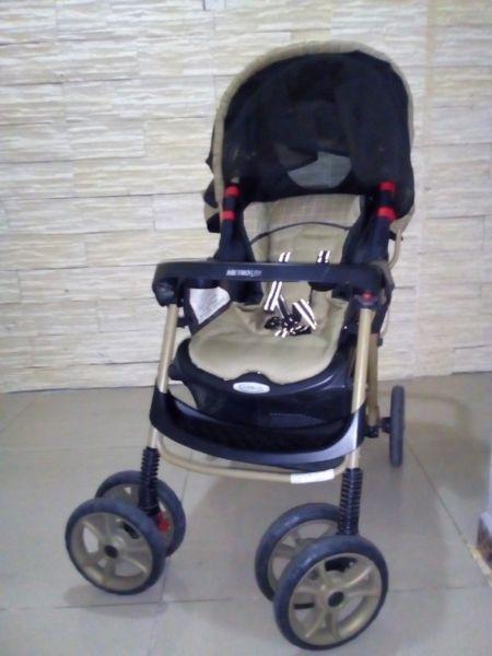 Cochecito Bebe Graco Metrolite coche fuerte ruedas grandes