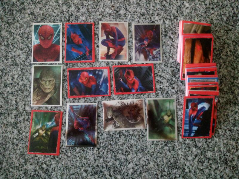 Vendo lote de 190 figuritas diferentes de spiderman