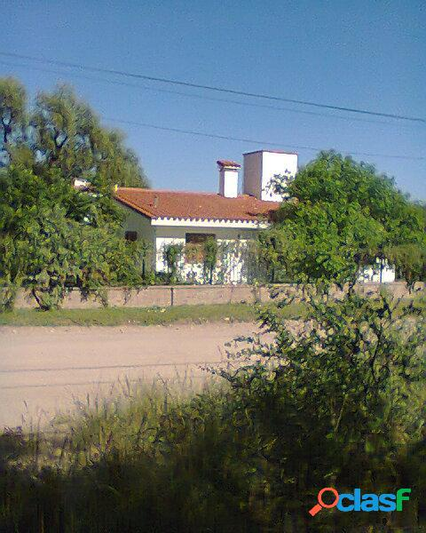 CHALET - SAN MARCOS SIERRA - CORDOBA - VENDE O PERMUTA POR